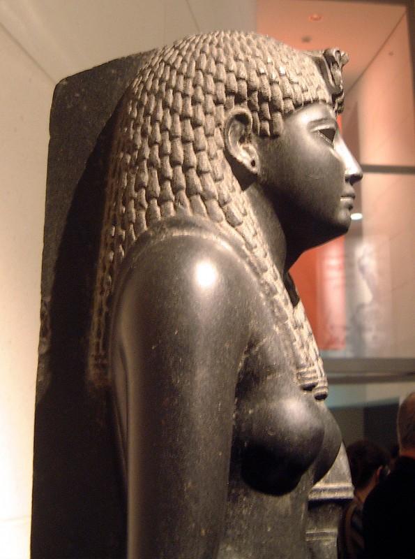 Cleopatra nude sideways
